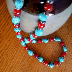 Red Loves Turquoise necklace